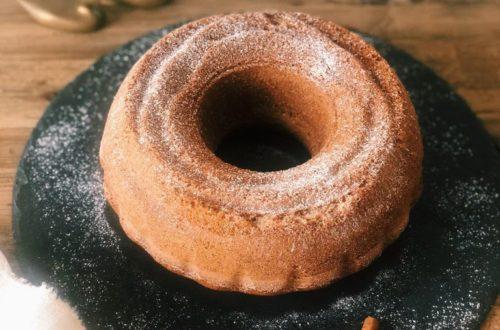Ciambella integrale con latte di cocco, senza latticini, con farina di riso integrale e farina di mais