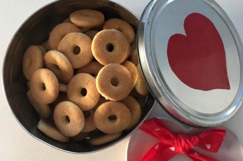 Biscotti, macine, alla panna, senza lattosio, con farina di riso e farina di mais, biscotti per la colazione