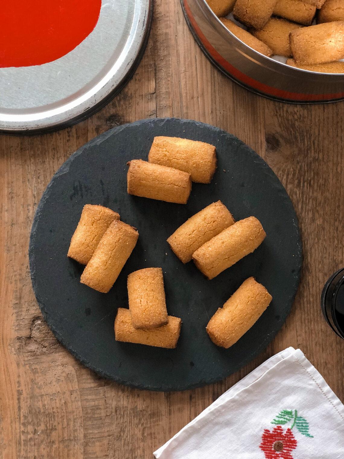 Biscotti Melgotto della val Gandino, con farina di riso e farina di mais fioretto, ma l'originale prevede farina di mais spinato, senza lattosio