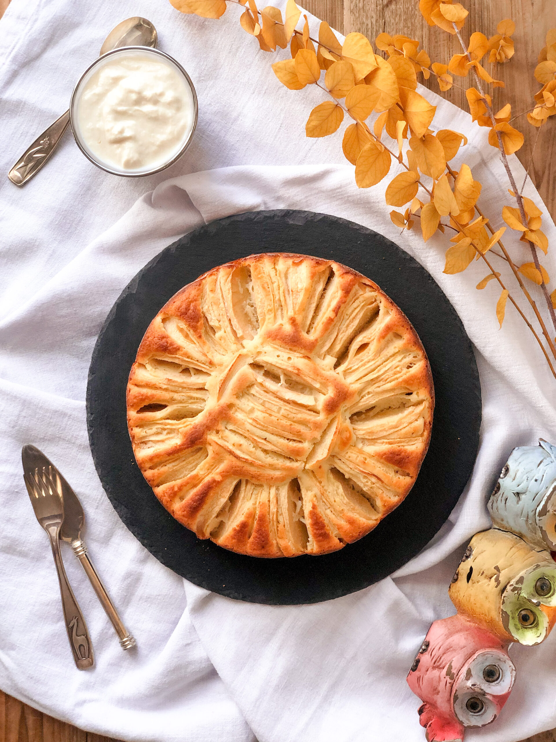 Torta di mele con eritritolo, olio evo, yogurt di soia, senza glutine e senza latticini, con farina di riso finissima e farina di miglio